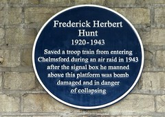 Frederick Herbert Hunt 1920-1943 Blue Plaque (Stuart Axe) Tags: frederickherberthunt platform2 1943 blueplaque plaque sign chelmsfordrailwaystation chelmsford essex uk england gb countytown unitedkingdom greatbritain city countyofessex cityofchelmsford