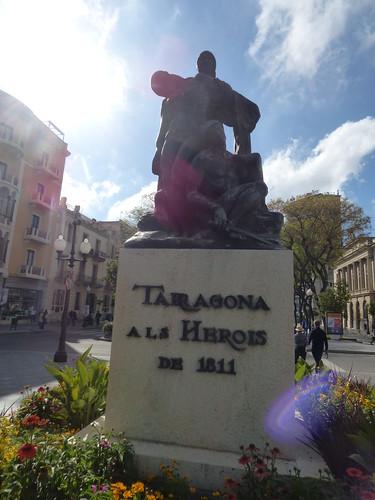 Rambla Nova, Tarragona - The monument to the heroes of 1811