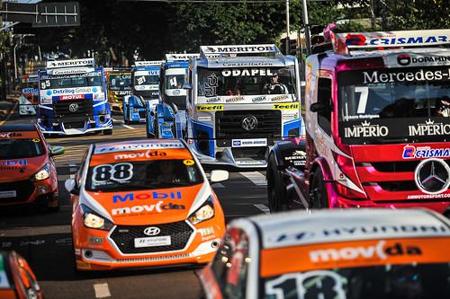 30/05/19 - Os brutos da Copa Truck invadiram as ruas de Londrina - Fotos: Duda Bairros