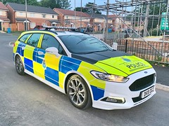 Merseyside Police dog section Ford Mondeo (DK19 DGZ) (LGM999) Tags: dogsection k9 police mondeo ford dk19dgz