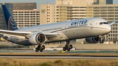 United Airlines N17002 plb22-04578 (andreas_muhl) Tags: 78710 aprilmai2019 boeing boeing78710dreamliner dreamliner klax lax losangeles n17002 sony unitedairlines aircraft airplane aviation planespotter planespotting