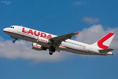 Laudamotion (ab-planepictures) Tags: laudamotion airbus a320 dus eddl düsseldorf flugzeug flughafen airport aviation aircraft plane planespotting