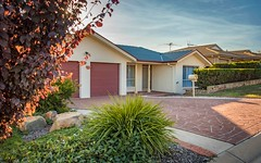 8 Doutney Place, Dunlop ACT