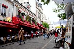 PARIS - PLACE DU TERTRE (Maikel L.) Tags: europa europe frankreich france francia paris montmartre placedutertre sacrecoeur aucadetdegascogne café restaurant tourism capital hauptstadt tourists people