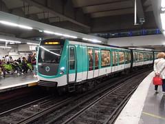 201905023 Paris subway station 'Gare de l'Est' (taigatrommelchen) Tags: 20190522 france paris icon urban railway railroad mass transit subway station tunnel train ratp