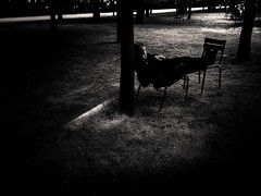 Untitled (LoKee Photo) Tags: lokee lowkey black white monochrome paris street city urban park tuileries garden chairs silhouette light shadows dark fujifilm gfx 50r