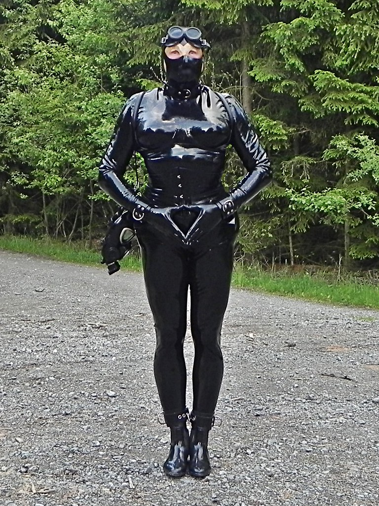 The Worlds Newest Photos Of Enclosure And Rubber - Flickr -1372