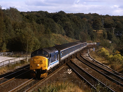 37422 Lostock Jn 260993 img214-0693MM-a2 (Tony.Woof) Tags: 37422 lostock junction bolton