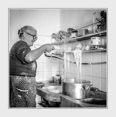- File0165 c. (Ferruccio Jochler) Tags: italy spaghetti cucina