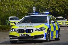 OU17 BVZ (S11 AUN) Tags: thames valley police tvp bmw 530d estate touring anpr traffic car roads policing unit rpu 999 emergency vehicle ou17bvz