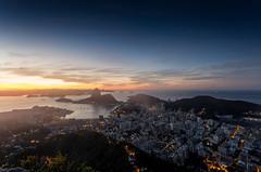 Mirante Dona Marta - Rio de Janeiro (mariohowat) Tags: mirantesdoriodejaneiro mirantedonamarta riodejaneiro canon6d alvorada amanhecer sunrise nascerdosol longaexposição noturnas