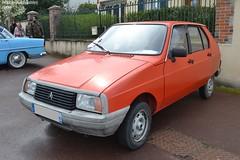Citroën Visa (Monde-Auto Passion Photos) Tags: voiture vehicule auto automobile citroën visa petite little orange ancienne classique rare rareté collection rassemblement france courtenay