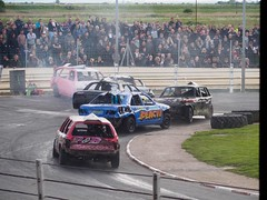 Head on (AMcUK) Tags: bangers bangerracing superstocks superstox yarmouth greatyarmouth yarmouthstadium greatyarmouthstadium motorsport grassrootsracing em10 em10ii em10mkii em10mk2 em102 omdem10 omdem10mkii omd olympusuk m43 micro43rds micro43 microfourthirds olympus olympusdigital olympusdigitalcamera olympusomd national unlimited banger world series round rookie rods hoosier racing nationalunlimited