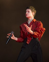 "Christine and The Queens - Primavera Sound 2019 - Jueves - 10 - M63C6009 • <a style=""font-size:0.8em;"" href=""http://www.flickr.com/photos/10290099@N07/47972331012/"" target=""_blank"">View on Flickr</a>"