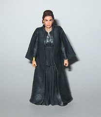 general leia organa star wars the last jedi red and white card basic action figures force link 2017 hasbro c (tjparkside) Tags: general leia organa star wars last jedi red white card basic action figures force link 2017 hasbro blaster blasters pistol pistols rebel rebels episode viii eight 8 tlj princess