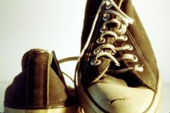 all-star (Pinhole Auloma) Tags: pinhole sténopé estenopo stenopeica estenopeica lochkamera film 135 analog analogica macro closeup auloma attaphoto curva45 shoes scarpe kodak