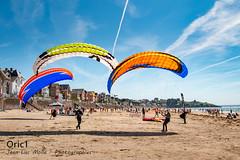 Pléneuf-Val-André (Oric1) Tags: breizh france eos plage oric1 côtesdarmor vent brittany 22 pva bretagne pléneufvalandré armorique canon festivalduvent wind aile volante jeanlucmolle