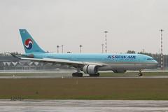 IMG_8405@L6 (Logan-26) Tags: airbus a330223 hl8227 msn 1200 korean air rain riga international rixevra latvia airport aleksandrs čubikins