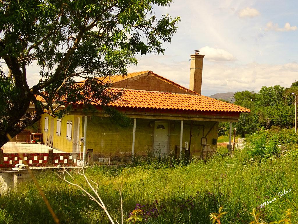 Águas Frias (Chaves) - ... casa na Aldeia (Lampaça) ...