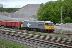 GBRf Class 56 56098 - Dove Holes Quarry (dwb transport photos) Tags: gbrf grid locomotive 56098 doveholesquarry peakforest