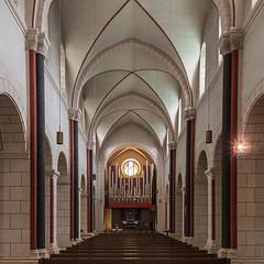 Marktkirche St. Cosmas und Damian in Goslar (ulrichcziollek) Tags: niedersachsen goslar marktkirche cosmas damian gotik gotisch kirche kirchenschiff