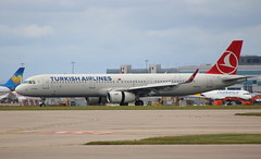 Turkish Airlines TC-JSE Airbus A321-231 flight TK1995 arrival at Manchester MAN England UK from Istanbul IST Turkey (Cupertino 707) Tags: turkishairlines tcjse airbus a321231 flight tk1995 arrival manchester man england uk from istanbul ist turkey