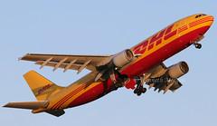 D-AEAT (Ken Meegan) Tags: daeat airbusa300b4622rf 740 dhl europeanairtransport dublin 3152019 cargo eat airbusa300 airbusa300600f airbus a300b4622rf a300600 a300