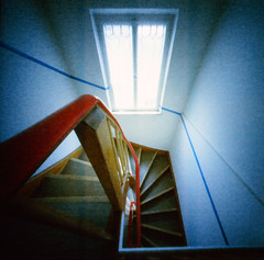 Staircase in 108 degrees (geojpix) Tags: 120 6x6 analog film kodakektar100 mf mediumformat pinhole realitysosubtle6x6 wppd wppd2019 worldwidepinholephotographyday