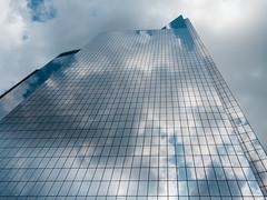 clouteXture (m_laRs_k) Tags: reflections architexture usa manhattan nyc newyork olympus chromecameraprofile classicchrome kodachrome filmsimulation travel zooom 1240 mft m43 olympusblues clouds sky skyscraper lines 43 纽约 ньюйо́рк mlarsk