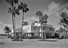 A Place in the Sun: Entrance facade of Charles S. Payson's residence in Hobe Sound, Florida. 1940. (polkbritton) Tags: gottschoschleisner 1940s artdeco streamlinemoderne libraryofcongresscollections floridahistory hobesound architecture
