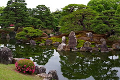 Ninomaru Palace Garden (Hanoi North End) Tags: nijōjō kyoto japan japanesegarden reflection ninomarupalacegarden 二条城 日本 京都 pentax pentaxart pentaxk70 pentaxfa31mmf18limited 1466000 1615
