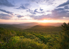 The Point overlook, Skyline Drive 5-27-2019 (adamwilliams4405) Tags: sunset sunsets summer spring green clouds sun trees mountains light colors tones canon virginia landscape landscapes va sky nature outside hike hiking outdoors shenandoah skyline explore overlook
