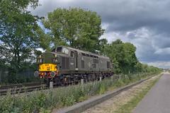 Colas Rail Freight Class 37 37057 (Barry Duffin) Tags: colas 37057 nottingham eastcroft attenborough derby rtc 0z37 class37 clouds