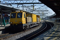 790 passes Connolly, 14/5/19 (hurricanemk1c) Tags: dublin connolly railways railway train trains irish rail irishrail iarnród éireann iarnródéireann 2019 pwd plassertheurer mpv multipurposevehicle 790 1000northwallwexford
