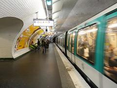 201905025 Paris subway station 'République' (taigatrommelchen) Tags: 20190522 france paris icon urban railway railroad mass transit subway station tunnel train ratp