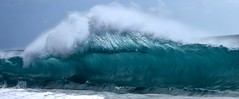 Wave formation (thomasgorman1) Tags: wave form green water ocean sea waves power curl papohaku nikon hawaii molokai seascape beach shore coast island nature scenic travel