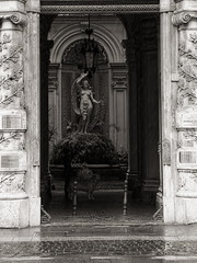 ROMA7699_55mm_f5_6 (f.Ranky) Tags: rom ewigestadt rome bw italy italien eternalcity blackandwhite