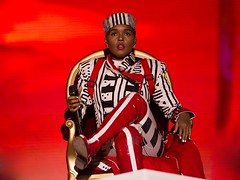 "Janelle Monáe - Primavera Sound 2019 - Viernes - 2 - M63C8575 • <a style=""font-size:0.8em;"" href=""http://www.flickr.com/photos/10290099@N07/47978387348/"" target=""_blank"">View on Flickr</a>"