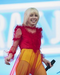 "Carly Rae Jepsen - Primavera Sound 2019 - Viernes - 8 - M63C7648 • <a style=""font-size:0.8em;"" href=""http://www.flickr.com/photos/10290099@N07/47978437321/"" target=""_blank"">View on Flickr</a>"