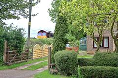 Garden Shed (whosoever2) Tags: uk united kingdom gb great britain nikon d7100 train railway railroad may 2019 ashwell oakham dbcargo 66139 6b07 toton kettering garden drive