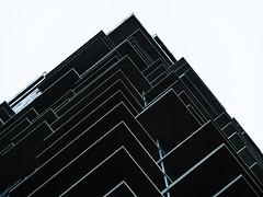 living on the edge (m_laRs_k) Tags: manhattan olympus lumix 35100 tele telecityscapes architexture mft m43 ibis 43 usa nyc newyork 纽约 ньюйо́рк zooom tribeca mlarsk
