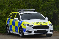 Unregistered Dog Unit (S11 AUN) Tags: cambridgeshire cambs constabulary ford mondeo stline estate police dogs anpr dogsection dogunit response car dsu policedogs 999 emergency vehicle