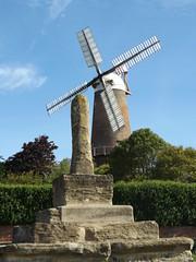Quainton Windmill I, Buckinghamshire, 1 June 2019 (AndrewDixon2812) Tags: quainton buckinghamshire aylesbury windmill village chiltern bernwood
