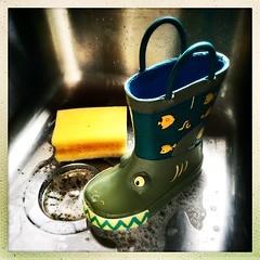 Welly has a wash (Julie (thanks for 9 million views)) Tags: smileonsaturday thingswithteeth hipstamaticapp welly hwwhdt squareformat wellingtonboot hww fun washing sink 100xthe2019edition 100x2019 image63100 iphonese toy hsos
