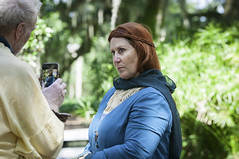 The Queen of somewhere (Dad from Hell) Tags: 2019 boktowergardens cosplay got gameofthrones garypaakkonen lakewales orlando photography bluerobe cellphone d300s florida lady man nikon people redhair scavengermeetup spring tgsmu3 usa