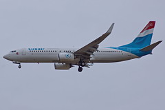 LX-LBB  737-86J Luxair   Reus 17-10-16 (Antonio Doblado) Tags: airplane aircraft aviation airliner reus aviación boeing 737 luxair b737 lxlbb