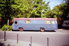 vehicles (big blue 2019) (Tina Kino) Tags: tinakino berlin 2019 analog color film photography espio mini pentax fuji c200 vehicle bus big blue gold