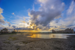 夕。涸。 (Hong Yu Wang) Tags: sony a73 a7m3 a7iii 1224g sunset lake 澄清湖 夕陽 落日 倒影 高雄 kaohsiung taiwan landscape