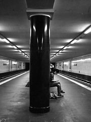 Bernauer Straße (ucn) Tags: berlin ubahnhof u8 undergroundstation street zeissikondonata2277u 9x12 fomafomapan200 tessar135cmf45