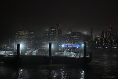 Small floating pier on a winter night (ricardocarmonafdez) Tags: newyork nyc manhattan cityscape ciudad city nightshot lowlight nocturna winter fog foggynight lighting light shadows dark darkness buildings arquitectura architecture nikon d850 24120f4gvr brillos shines rascacielos skyscraper